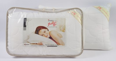 Featherlite Solid Bed/Sleeping Pillow