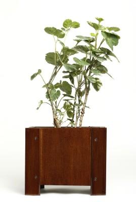 NG Wooden Vase