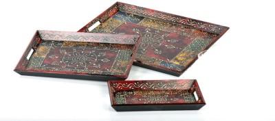 Traje Engraved Wood Tray Set