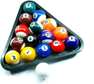 HE Retail Triangle Setter And Pool Balls