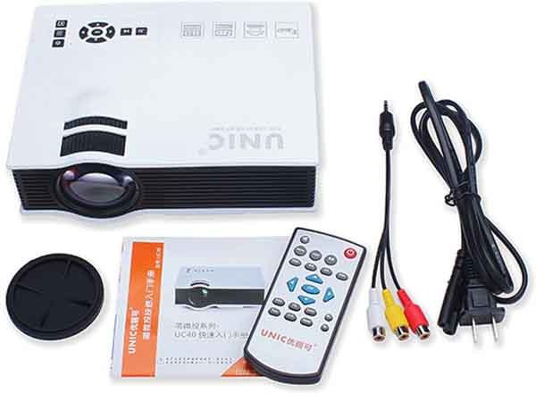 Smart Products 800 lm LED Corded Portable Projector