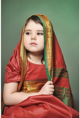 A Little Girl Is In The National Indian Suit Unframed Art Print Canvas Art(36.1 inch X 24.0 inch, Rolled)