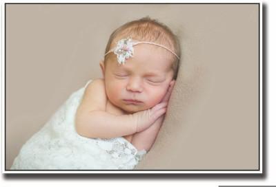 Posterhouzz Baby sleeping sweetly Fine Art Print