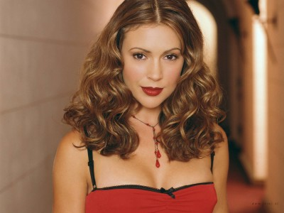 Celebrity Alyssa Milano Actresses United States Alyssa Milano HD Wall Poster Paper Print(12 inch X 18 inch, Rolled)