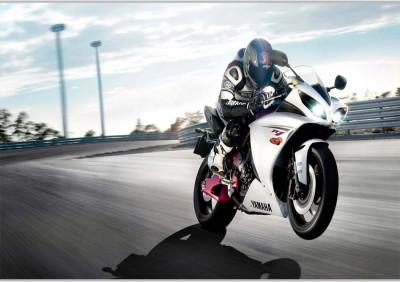 Yahama BikePoster (18 x 12 Inches) by Shopkeeda Paper Print