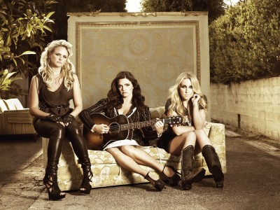 Wall Poster Pistol Annies Paper Print(12 inch X 18 inch, Rolled)