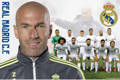 Real Madrid C.F. Mini Poster Zidane 45 Paper Print