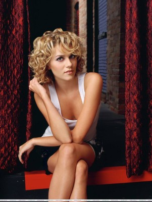 Athah One Tree Hill -Peyton Sawyer Poster Paper Print
