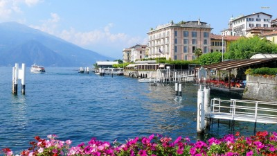 Athah Fine Quality Bellagio in Italy poster Paper Print