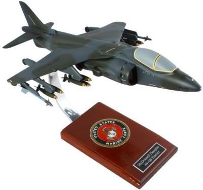 Toys and Models AV-8B Harrier II USMC