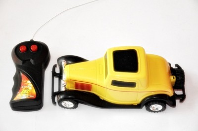 Ruppiee Shoppiee Speed Yellow Old Classic Rc Car