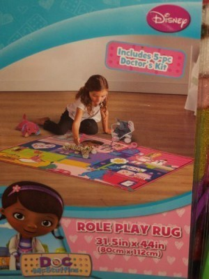 Disney Doc McStuffins Role Play Rug / Backpack with 5 Piece Doctors Kit