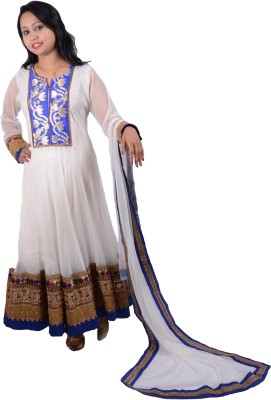 Manashi Embroidered Kurta & Churidar