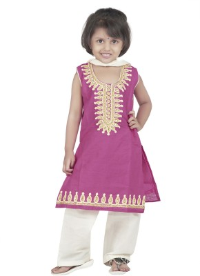 Nut Khut Embroidered Kurta & Churidar