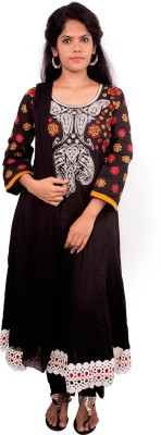 Mythri Embroidered Kurta & Churidar