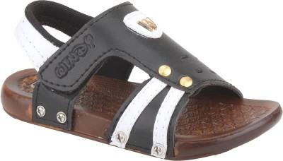WINDY Boys Black Sandals