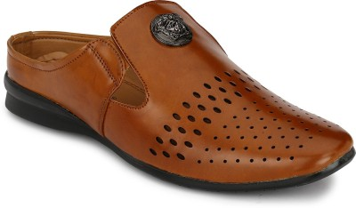 FOOTLODGE Men Tan Sandals