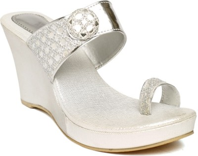 sandhills Women Silver Wedges