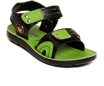 Lancer Boys Green Flats