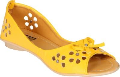 Sporch Women Yellow Flats