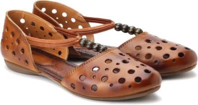 Catwalk Women Tan Flats