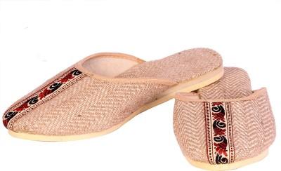 lipax Women Beige Flats