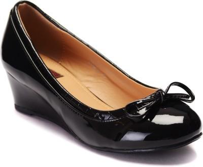 Flat n Heels Women Black Wedges