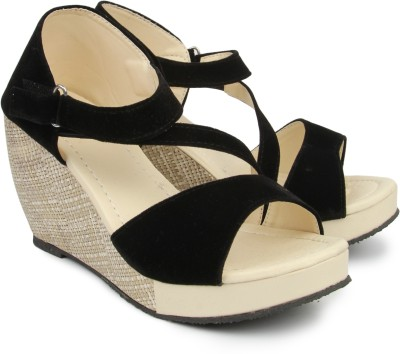 Demyra Women Black Wedges