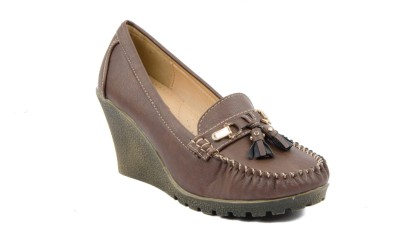 Credos Women Brown Wedges