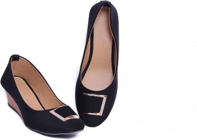 Pu-Aees Girls Black Sandals