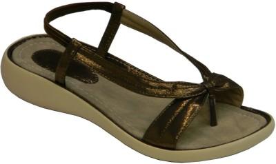 BellaToes Women Brown Flats