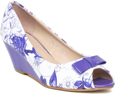Dressberry Women White, Purple Wedges