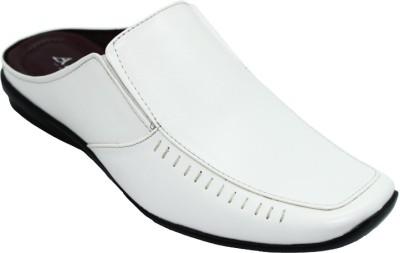 Alleviater Men White Sandals