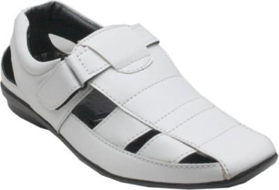 Chariot Men White Sandals