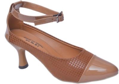 Trendigo Women Beige Heels