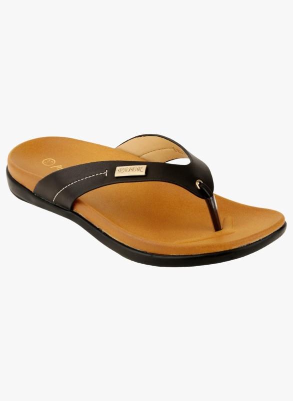 Pellini Women Black Flats