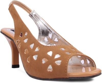 Kz Classics Women Beige Heels