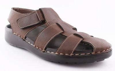 VEBERO Men Brown Sandals
