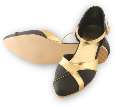 Lee Poise Women Black, Gold Flats