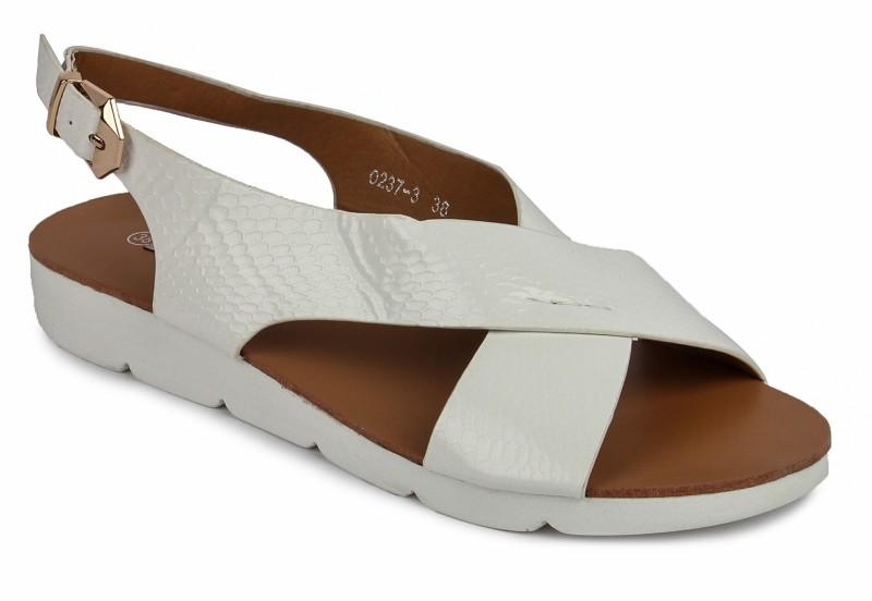 Footash Women White Flats