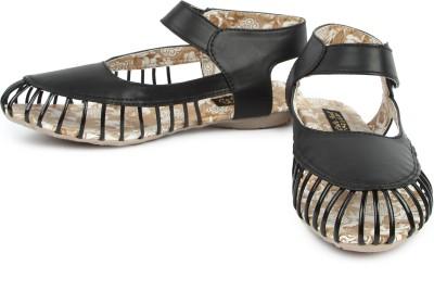 Cute Feet Women Black Flats