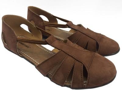 KNEETOES Girls Brown Flats