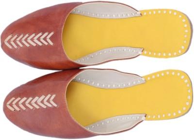 Paavdi Women Brown Flats