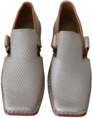 Kalra Creations Men Grey Sandals