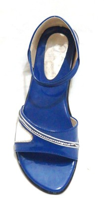 Royal Indian Exposures Baby Girls Blue Sandals