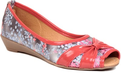 Lovely Chick Women Pink Wedges