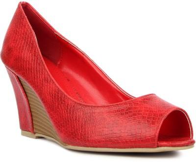 Kz Classics Women Red Wedges