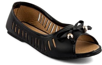 Infiniti Women Black Flats