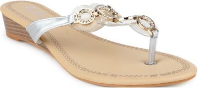 FEET FLOW Women Silver Flats