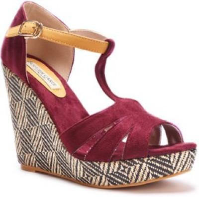 SOULIER CARTE Women Maroon Heels